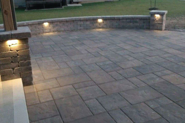back-porch-pavers-and-lighting-image-outdoor-creations