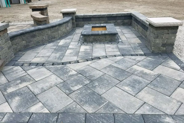 fire-pit-and-seating-wall-image-outdoor-creations