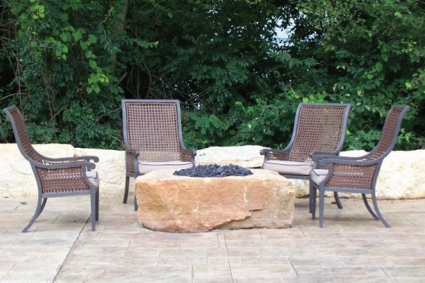 stone-firepit-with-chairs-image-outdoor-creations